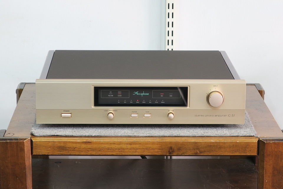 C-37 Accuphase 画像