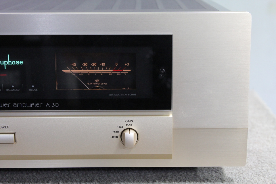A-30 Accuphase 画像