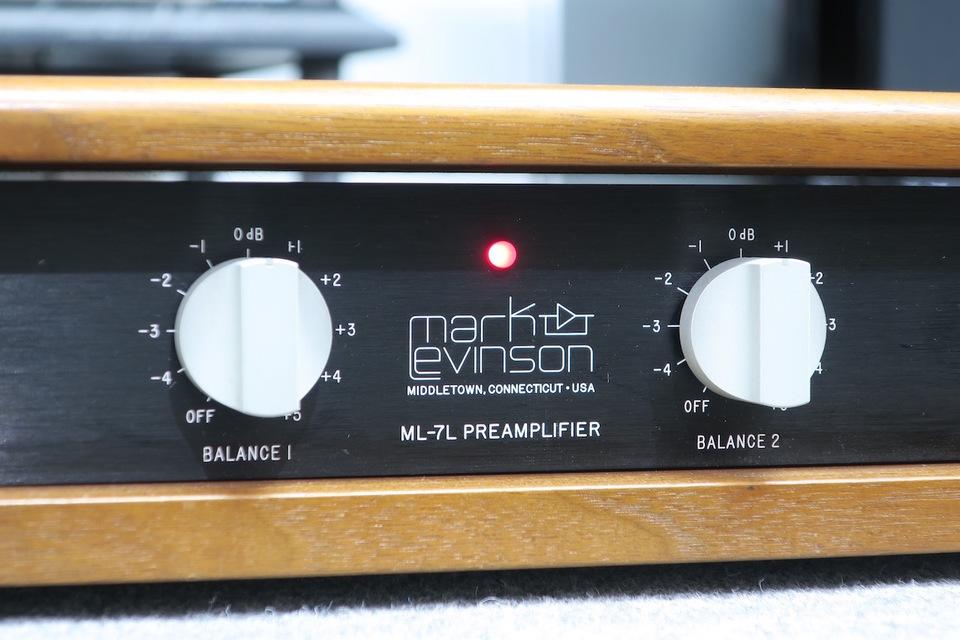 ML-7L Mark Levinson 画像