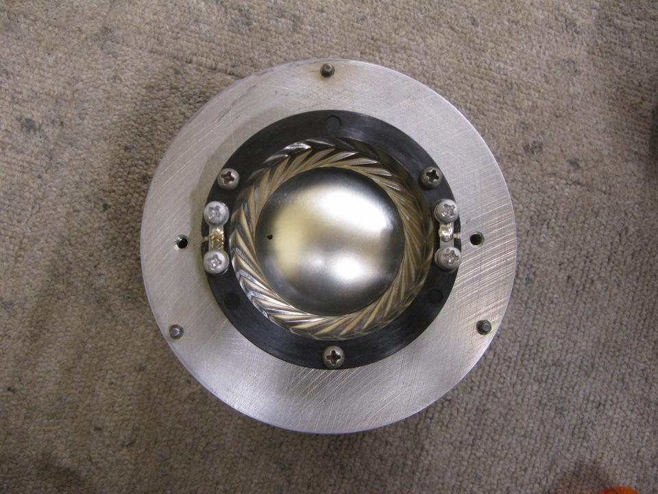 D1004 JBL 画像